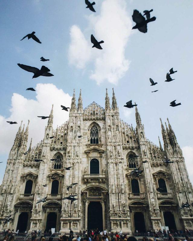 We arrived in Milan, picked up our rental car and drove to the center of Milan for a quick visit to see the famous Duomo di Milano cathedral and to have a taste of authentic Italian Pizza!