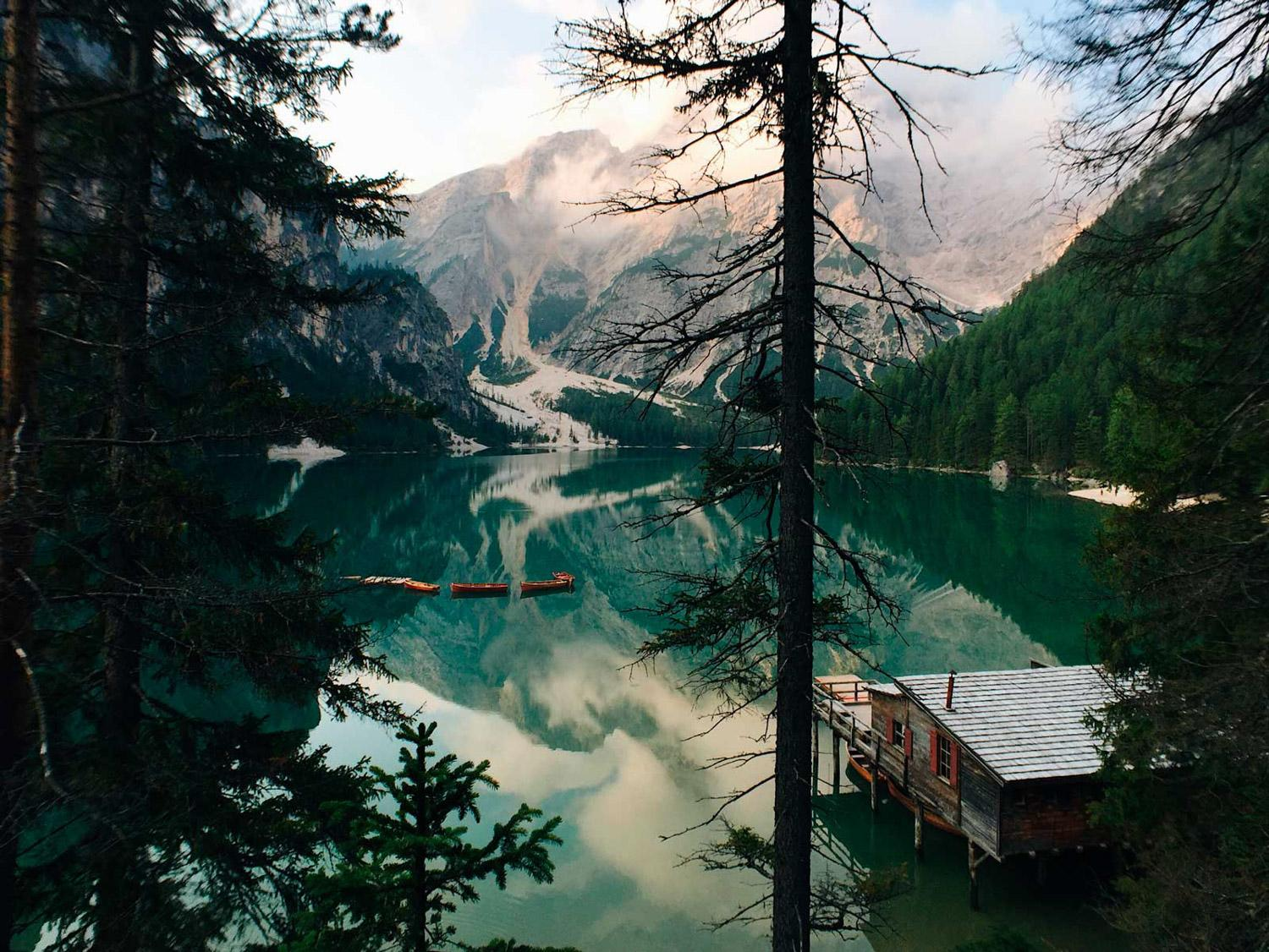 The amazing Lago Di Braies, shot with the Pro Portrait Tele G4 lens!